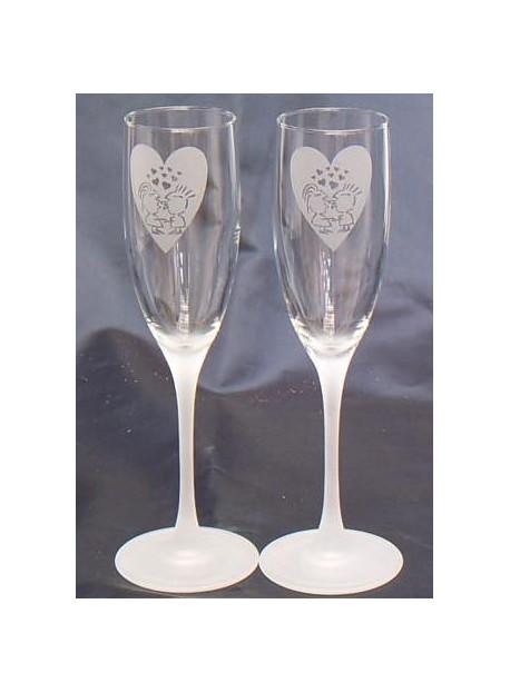 Coffret de 2 flutes à champagne gravé, pied sablé
